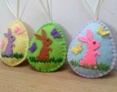 Felt easter decoration felt egg with daffodil by DusiCrafts