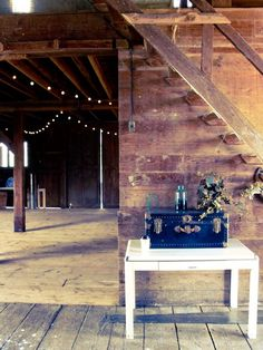 Romantic Barn - Interior