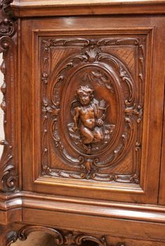 exceptional cherub bookcase in walnut - Bookcases - Houtroos