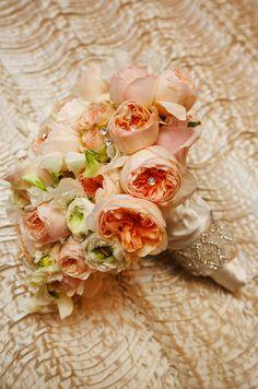 peach wedding bouquet flowers