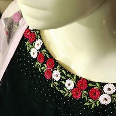 Whatsapp 9035330901 to customise Bead Embroidery Tutorial, Diy Embroidery Patterns, Flower Embroidery Designs, Simple Embroidery, Hand Embroidery Stitches, Beaded Embroidery, Princess Dress Patterns, Girl Dress Patterns, Kurti Neck Designs