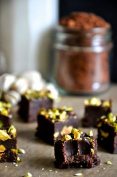 chocolate pistachio freezer fudge // grain-free, gluten-free, dairy-free, raw, vegan, paleo