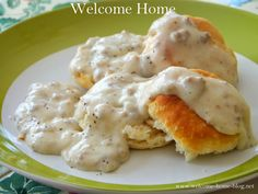 I can remember my Mom making gravy and biscuits for me when I was little and right on up until I was grown and would come over to have b. Frozen Biscuits, Buttermilk Biscuits, Biscuits And Gravy, How To Make Gravy, Making Gravy, Breakfast Dishes, Breakfast Time, Breakfast Recipes, Breakfast Ideas