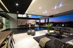 Maison ultra design en Afrique du Sud - Visit the website to see all pictures http://www.amenagementdesign.com/architecture/maison-ultra-design-en-afrique-du-sud