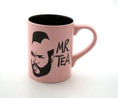 Mr T Tea Mug Pink par LennyMud sur Etsy, $16,00