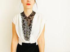 lace 'bib' necklace