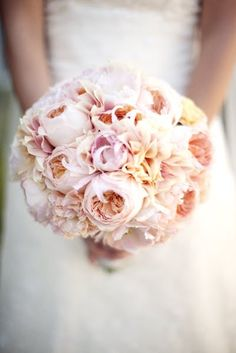 blush pink bouquet w/peonies