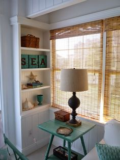 flea market trixie: Beach Cottage Sitting Room - Before and After - Home Decor Idea Beach Cottage Style, Cottage Style Homes, Beach Cottage Decor, Coastal Cottage, Coastal Decor, Coastal Homes, Cottage Chic, Coastal Bedrooms, Coastal Living Rooms