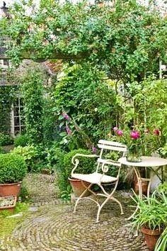 Love The Circular Pattern Of The Stones · Courtyard IdeasCourtyard GardensBrick  ... Part 36
