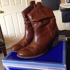 White Mountain Slouchy Western boots Used slouchy western boots. Faux leather is nicked in places and shows in the creases of the toe. See pics for wear! Feel tee to ask questions before purchasing! White Mountain Shoes Heeled Boots