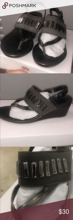 Simply Vera Wang new wedge sandal Wedges with some sparkle