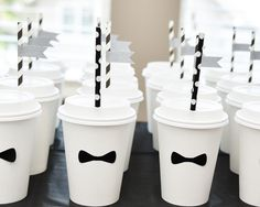 White paper cups. With a bow tie + straw + label you can create your own style.