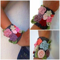 Love this sweet crocheted flower bracelet.