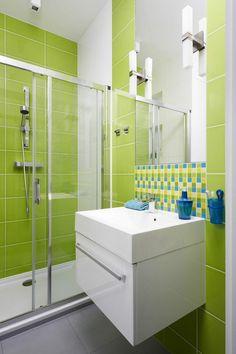Kleines Bad hell nach frisch grün