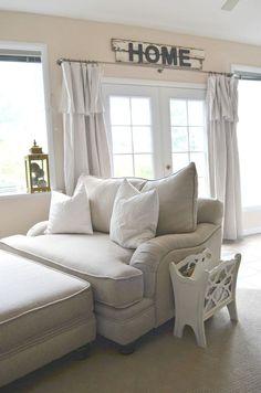 Nice 70 Cozy Farmhouse Sunroom Design Ideas https://wholiving.com/70-cozy-farmhouse-sunroom-design-ideas