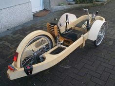 Trike de madera. >>> See it. Believe it. Do it. Watch thousands of spinal cord injury videos at SPINALpedia.com