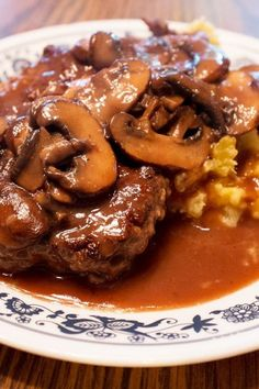 Weight Watchers Cube Steak with Mushroom Gravy and Mashed Potatoes Recipe
