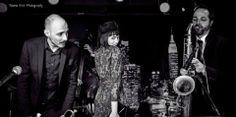 #XmasInTrax: @lisa dalla via con la band  http://ow.ly/rSpmc