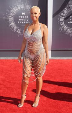 Amber Rose Looks Naked on VMAs Red Carpet in Chain Dress Celebrity Outfits, Sexy Outfits, Celebrity Style, Irina Shayk, Finsbury Shoes, Sheer Dress, Bodycon Dress, Sheer Chiffon, Mode Du Bikini