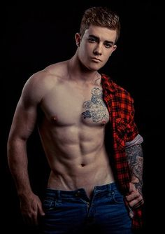 Sextape do TOP Teen Eamon Mulgrew causa pelo dote Male Fitness Models, Handsome Boys, Tattoos For Guys, Tattooed Guys, Mens Fitness, Dna, Hot Guys, Fitness Motivation, Teen