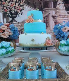 E hoje tivemos uma linda Cinderela 👑🌹! Quando amooor 💙!!! #MakingParty #DecorByMakingParty #DecorRecife #DecoracaoRecife #Recife #Cinderela #Cinderella #FestaCinderela #FestaMenina #CinderelaDisney #CinderellasParty #Disney #Detalhesdefesta #Partydetails #girlsparty #Blue #cake #bolodecorado #personalizados #queroessadecor #photo #photograph #likes #like #like4like