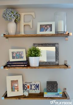 Unique Tips and Tricks: Floating Shelves Styling White Tiles ikea floating shelves office.Long Floating Shelves Kitchen one floating shelf decor.How To Decorate Floating Shelves Hallways. Ikea Shelves, Wall Shelves, Shelving Display, Rustic Shelves, Home Decor Bedroom, Diy Home Decor, Floating Shelf Decor, Decor Scandinavian, Diy Playbook