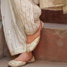 Mirror Work Dress Mirror Work Lehenga, Mirror Work Blouse Design, Mirror Work Saree Blouse, Mirror Work Kurti, Fancy Blouse Designs, Sari Blouse Designs, Lehenga Designs, Indian Fashion Dresses #mirrorworkdresses #mirrorembroidery #mirrorworkkurtidesigns #mirror #kurti #embroidery #kurtiswholesale #mirrorwork #handembroidery #kurtidesigns #neckdesigns #workdress #suitdesign #mirrored Mirror Work Dress Designs Ideas Collection 2020 Mirror Work Neck Design For Kurti Fashion Trends Hand Embroidery Dress, Embroidery Fashion, Kurti Embroidery, Embroidery Motifs, Embroidered Clothes, Fancy Dress Design, Stylish Dress Designs, Lace Design, Embroidery Designs