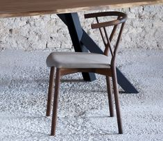 Miniforms Valerie Dining Chair go modern, different finishes