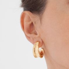 """Hissia """"Oni"""" 18 kt gold plated vermeil on sterling silver earrings"""
