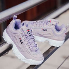 Pastel : nos pièces fétiches - Larrogante.fr Sneakers FILA DISRUPTOR You are in the right place about overnight beauty tips Here we offer you the most Sneakers Fashion Outfits, Fashion Shoes, Mom Fashion, Fashion Beauty, Fashion Accessories, Souliers Nike, Fila Outfit, Fila Disruptors, Girls Shoes