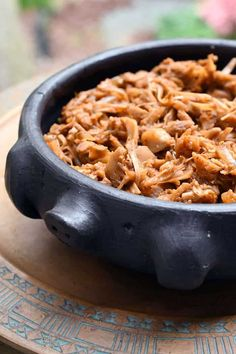 You've heard of jackfruit, but have you tried it yet? Easy Instant Pot Orange Lime Chile Jackfruit is great in bowls or make tacos for Taco Tuesday! Vegan Dinner Recipes, Delicious Vegan Recipes, Mexican Food Recipes, Whole Food Recipes, Vegetarian Recipes, Free Recipes, Healthy Recipes, Muffin Recipes, Cooking Recipes
