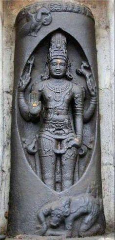 Lingodbhava Murty ..... Lord Siva at Tiruvatturai !!!