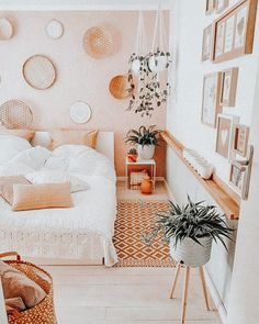 Cute Bedroom Ideas, Room Ideas Bedroom, Teen Room Decor, Bedroom Decor, Teen Bedroom, Blue Bedrooms, Warm Bedroom, Bedroom Inspo, Bedroom Inspiration