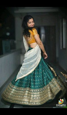 Lehenga Gown, Bridal Lehenga Choli, Indian Bridal Sarees, Indian Beauty Saree, Dress Neck Designs, Blouse Designs, Indian Wedding Outfits, Indian Outfits, Beauty Full Girl