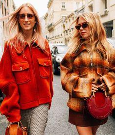 いいね!31.3千件、コメント115件 ― Chloéさん(@chloe)のInstagramアカウント: 「The Pixie in Paris – @TheFashionGuitar and @AlwaysJudging both sported our new bracelet bag at #PFW…」