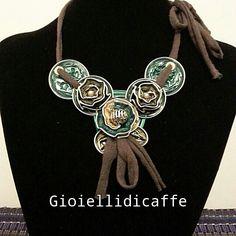 Collana Nespresso verde con fettuccia in cotone