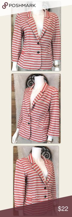 """Anthropologie Cartonnier Terry Red Gray Blazer L Gently used with no flaws To be confident this item will fit you, compare these measurements to a favorite from your closet: Pit to pit measures 21"""" Length 23.5"""" I ship Monday through Saturday weather permitting Thank you❤️ Anthropologie Jackets & Coats Blazers"""