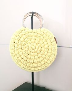 The must-have purse of the season. Trendy crochet bag from the strong rope. Popcorn Stitch, Crochet Round, Summer Bags, Knitted Bags, Hand Knitting, Straw Bag, Bubble, Etsy Seller, Cozy
