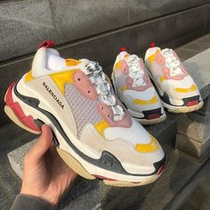 Find images and videos about shoes, Balenciaga and hype on We Heart It - the app to get lost in what you love. Red Sneakers, Air Max Sneakers, Sneakers Nike, Ugly Shoes, Sock Shoes, Baskets, Streetwear, Celebrity Fitness, Sneaker Store
