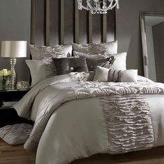 ylellinen makuuhuone