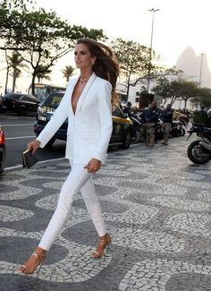 All white outfit w. Suit Fashion, Work Fashion, Fashion Outfits, Womens Fashion, Cheap Fashion, Affordable Fashion, Classy Outfits, Cute Outfits, All White Outfit