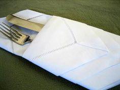 DIY Cloth Napkins: DIY folding cloth napkins