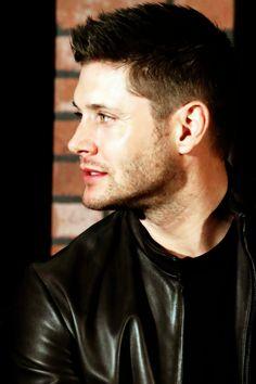 Supernatural — justjensenanddean:     Jensen Ackles | ChiCon 2015...