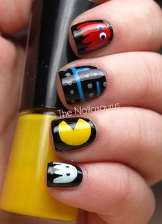 Christmas Nail Art Designs | This one below is my favorite. I know, it's not for the holidays ...