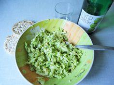 Przedstawiam dzisiaj prosty przepisna wegetariańską sałatkę - bogatą w…