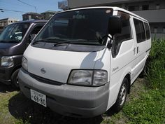 Our one-box camper rentals with snow tires. www.japanrev.co.jp スタッドレス付レンタカー ジャパンレボ