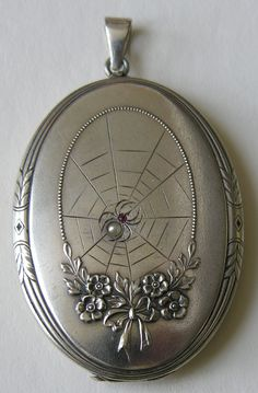Victorian/Edwardian Spider and Web Locket