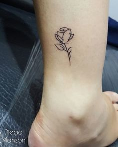 rose-tattoos-minimal-leg-lines-design The Most Lovely and Beautiful ever inked #rose #tattoo designs to get inked