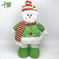 Resultado de imagen para muñecos de tela de navidad Christmas Crafts, Xmas, Christmas Ornaments, Pug Love, Snowman, Merry, Santa, Dolls, My Favorite Things