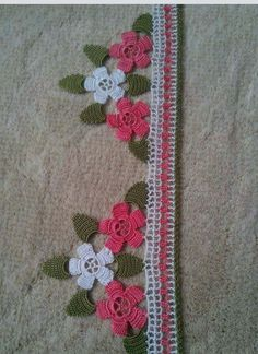 This Pin was discovered by HUZ Crochet Boarders, Crochet Squares, Crochet Doilies, Crochet Flowers, Crochet Lace, Crochet Sunflower, Crotchet Patterns, Irish Lace, Bobbin Lace